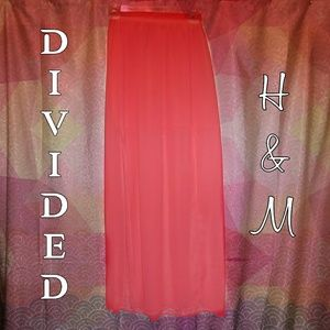 Divided by H&M